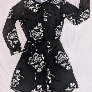 Merona Sz L black/wht tie-waist shirtdress